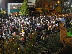 Halloween celebrations on Franklin Street have shrunk since this 2007 photo. (Lana L./ Flikr Creative Commons)